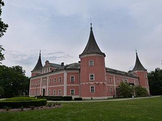 Sokolovsky Castle and Muzeum