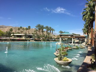‪The River at Rancho Mirage‬