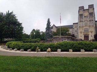 ‪April 16 Memorial at Virginia Tech‬