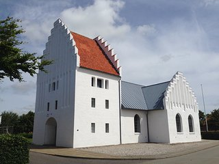 Bøvling Valgmenighedskirke Mariekirken