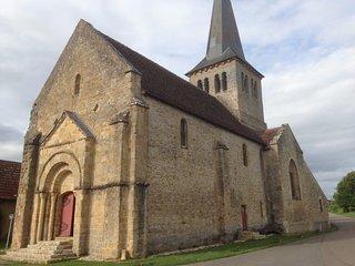 Église Saint Laurent de Verneuil