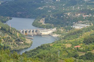 ‪Barragem do Carrapatelo‬
