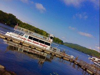 Lady Bea Boat Rides