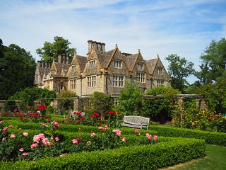 Upper Slaughter Manor