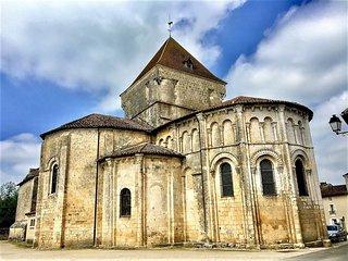 Eglise Saint-Maurice la Clouère