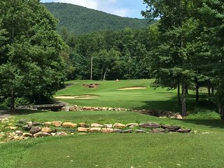 Linville Falls Golf Club