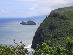 ‪Pololu Valley Lookout‬