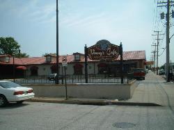 Vinnie's Cafe
