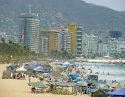 Hornos Beach