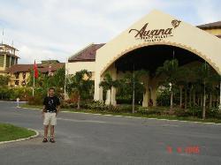 Outside Resort (1379130)