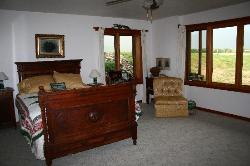 Johnstad's Bed and Breakfast and Log Guest House
