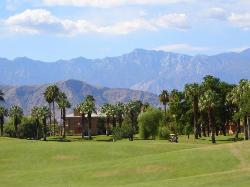 ‪Palm and Valley Golf Courses at Desert Springs‬
