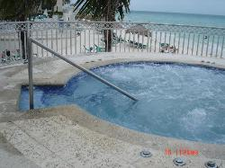 """""""Cool"""" tub - no hottubs here"""