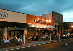 ‪River City Grill‬