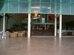MB lobby bar (lower level)