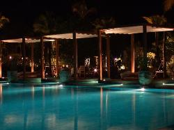 Pool and Salas at night