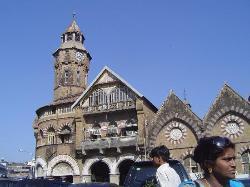 Mahatma Jyotiba Phule Market
