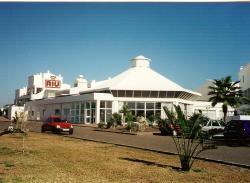 RIU Oliva Beach reception area