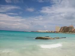 Riu Cancun beach on a red flag day