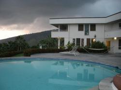 Luana Inn