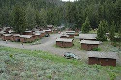 Roosevelt Lodge Cabins