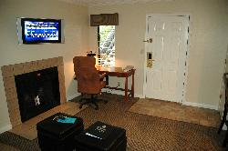 great TV, fireplace, desk, easy access
