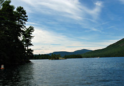 Pontoon Boat Tours of Lake George
