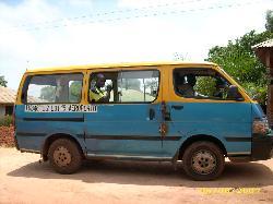 toco toca es el autobus de bissau es dibertido