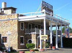 El Rancho Hotel & Motel