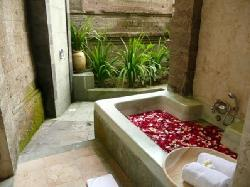 Bath - 1 BR pool villa
