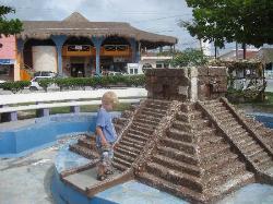 Puerto Morelos Town Square