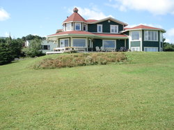 Elaine's Bed and Breakfast By The Sea