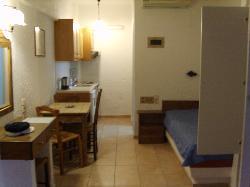 zona giorno e cucina dell'appartamento