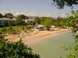 Main Beach, Beach Bar, and Bella Vista Restaurant