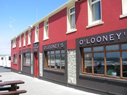 O'Looney's Bar and Waves Restaurant