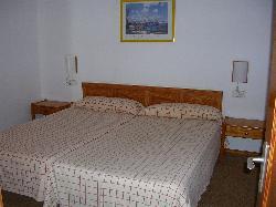 Dos camas dobles