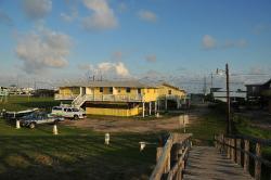Sandpiper Shores Motel