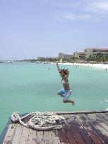 flynnie jumps pelican pier (18286394)