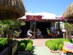 Bambu Lounge & Bistro