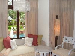 livingroom pool villa
