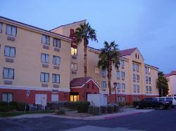 Red Roof PLUS+ Phoenix West