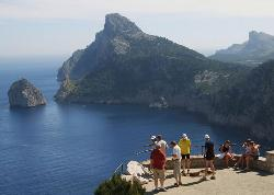 Viewpoint on Formentor headland (18424733)