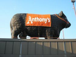 Anthony's Steakhouse and Ozone Lounge