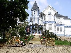 Mavis Manor