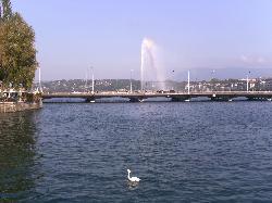 Lac de Genève avec son arc-en-ciel (18604145)