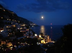 Positano at night (18723513)