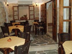 To Kamariko Taverna