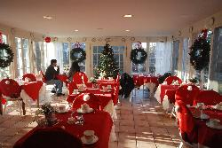 Breakfast/tea room decorated for the holidays