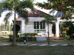 ... un altro bungalow...