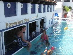 The Swimup bar!!!